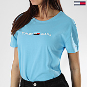 /achat-t-shirts/tommy-hilfiger-jeans-tee-shirt-femme-clean-boxy-logo-5455-bleu-clair-170068.html