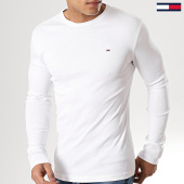 /achat-t-shirts-manches-longues/tommy-hilfiger-jeans-tee-shirt-manches-longues-original-4409-blanc-125141.html