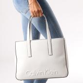 /achat-sacs-sacoches/calvin-klein-sac-a-main-femme-edge-medium-shopper-3986-blanc-130722.html