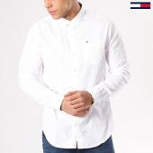 /achat-chemises-manches-longues/tommy-hilfiger-jeans-chemise-manches-longues-tjm-original-end-on-end-4406-blanc-130501.html