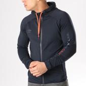 /achat-vestes/umbro-veste-zippee-capuche-618050-60-bleu-marine-131110.html