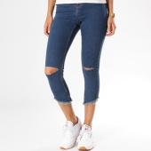 https://www.laboutiqueofficielle.com/achat-jeans/jean-slim-troue-femme-lexi-hw-bleu-denim-132677.html