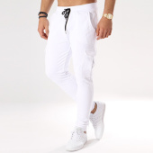 /achat-pantalons-joggings/frilivin-pantalon-jogging-1281-blanc-134029.html