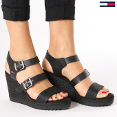 /achat-chaussures/tommy-hilfiger-jeans-chaussures-femme-denim-strappy-wadge-en0en00195-990-black-135485.html