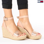 /achat-chaussures/tommy-hilfiger-jeans-chaussures-femme-metallic-wedge-en0en00236-638-rose-gold-136209.html