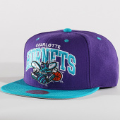 /achat-snapbacks/mitchell-and-ness-casquette-snapback-charlotte-hornets-1129-violet-bleu-clair-136472.html