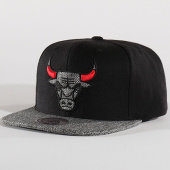 /achat-snapbacks/mitchell-and-ness-casquette-snapback-chicago-bulls-bh72dy-noir-gris-chine-136491.html