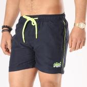 /achat-maillots-de-bain/superdry-short-de-bain-beach-volley-m30000pqf2-bleu-marine-jaune-fluo-137216.html