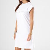 /achat-robes/calvin-klein-robe-femme-doon-true-icon-6948-blanc-138150.html