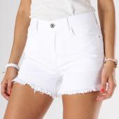 /achat-shorts-jean/only-short-jean-femme-divine-crop-blanc-139711.html