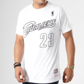/achat-t-shirts/mitchell-and-ness-tee-shirt-lebron-james-cleveland-cavaliers-blanc-noir-141022.html