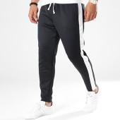 /achat-pantalons-joggings/jack-and-jones-pantalon-jogging-avec-bandes-vega-retro-noir-blanc-141464.html