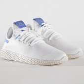 /achat-baskets-basses/adidas-baskets-femme-tennis-hu-pharrell-williams-bd8050-footwear-white-chalk-white-143861.html