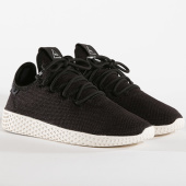 /achat-baskets-basses/adidas-baskets-femme-tennis-hu-pharrell-williams-bd7768-core-black-chalk-white-144140.html