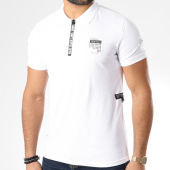 /achat-polos-manches-courtes/classic-series-polo-manches-courtes-avec-patchs-p247-blanc-144742.html