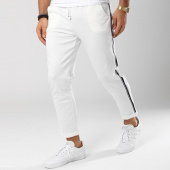 /achat-pantalons-carreaux/frilivin-pantalon-bandes-brodees-1377-blanc-noir-144926.html