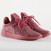 /achat-baskets-basses/adidas-baskets-femme-tennis-hu-pharrell-williams-db2858-trace-maroon-chalk-white-145087.html