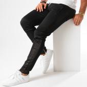 /achat-pantalons-joggings/sixth-june-pantalon-jogging-bande-brodee-m3461cpa-noir-blanc-145384.html