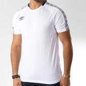 /achat-t-shirts/umbro-tee-shirt-de-sport-bande-brodee-diamond-blanc-noir-145885.html