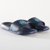 /achat-claquettes-sandales/puma-claquettes-popcat-om-367799-peacoat-bleu-azur-146542.html