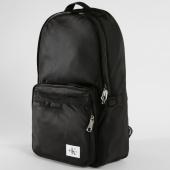 /achat-sacs-sacoches/calvin-klein-sac-a-dos-pilot-twill-0634-noir-147439.html
