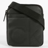 /achat-sacs-sacoches/calvin-klein-sacoche-ck-point-mini-flat-crossover-3875-noir-147443.html