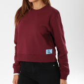 /achat-sweats-col-rond-crewneck/calvin-klein-sweat-crewneck-femme-monogram-badge-8562-bordeaux-147898.html