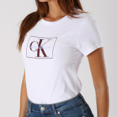 /achat-t-shirts/calvin-klein-tee-shirt-femme-outline-monogram-8604-blanc-147905.html