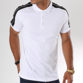 /achat-polos-manches-courtes/antony-morato-polo-manches-courtes-avec-bandes-mmks01348-blanc-147988.html