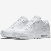 /achat-baskets-basses/nike-basket-air-max-90-leather-302519-113-true-white-148080.html