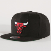 /achat-snapbacks/mitchell-and-ness-casquette-snapback-solid-chicago-bulls-noir-148237.html