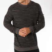 /achat-pulls/petrol-industries-pull-262-gris-anthracite-noir-148585.html
