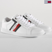 /achat-baskets-basses/tommy-hilfiger-baskets-core-corporate-leather-fm0fm01697-white-148774.html
