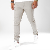 /achat-chinos/jack-and-jones-pantalon-chino-marco-enzo-gris-148926.html