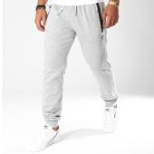 /achat-pantalons-joggings/umbro-pantalon-jogging-648611-60-gris-chine-149026.html