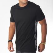 /achat-t-shirts/antony-morato-tee-shirt-bandes-brodees-mmks01369-noir-blanc-150049.html