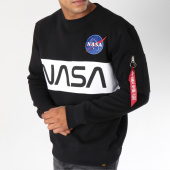 /achat-sweats-col-rond-crewneck/alpha-industries-sweat-crewneck-avec-poche-bomber-nasa-inlay-noir-150355.html