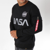 /achat-sweats-col-rond-crewneck/alpha-industries-sweat-crewneck-avec-poche-bomber-nasa-reflective-noir-150358.html
