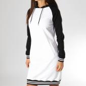 /achat-robes/urban-classics-robe-femme-avec-capuche-tb2340-blanc-noir-150765.html
