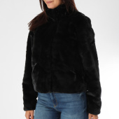 /achat-vestes/only-veste-fourrure-femme-vida-noir-151099.html