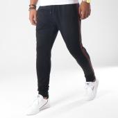 /achat-pantalons-joggings/ikao-pantalon-jogging-bandes-brodees-f205-noir-vert-rouge-151407.html