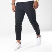 /achat-pantalons-joggings/only-and-sons-pantalon-jogging-william-poly-noir-blanc-151503.html