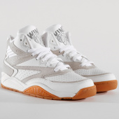 /achat-baskets-montantes/ewing-athletics-baskets-sport-lite-1bm00257-156-white-grey-gum-151879.html
