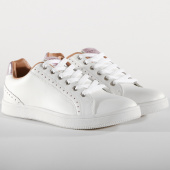/achat-baskets-basses/only-baskets-femme-shilo-metallic-15131289-white-rose-152352.html