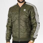 /achat-vestes/adidas-veste-zippee-sst-quilted-dl8697-vert-kaki-blanc-153351.html