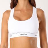 /achat-brassieres/calvin-klein-brassiere-femme-unlined-qf4522e-blanc-153574.html