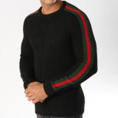 /achat-pulls/ikao-pull-avec-bandes-f196-noir-vert-rouge-153697.html