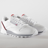 /achat-baskets-basses/reebok-baskets-classic-leather-mu-cn3641-white-navy-red-shadow-153826.html
