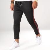 /achat-pantalons-carreaux/aarhon-pantalon-avec-bandes-18-242-noir-rouge-vert-154453.html