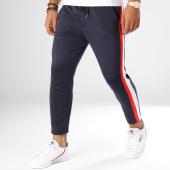 /achat-pantalons-carreaux/aarhon-pantalon-avec-bandes-18-239-bleu-marine-blanc-rouge-154456.html